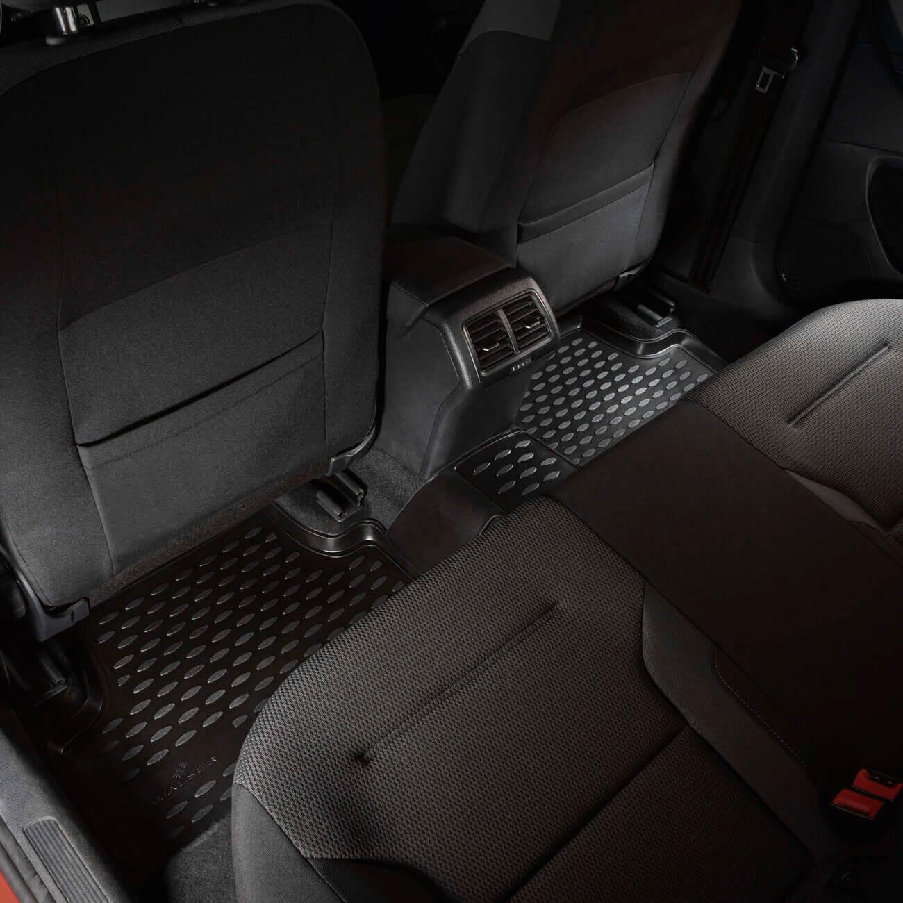 XTR - car mats for the rear passengers